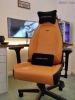 noblechairs icon in white